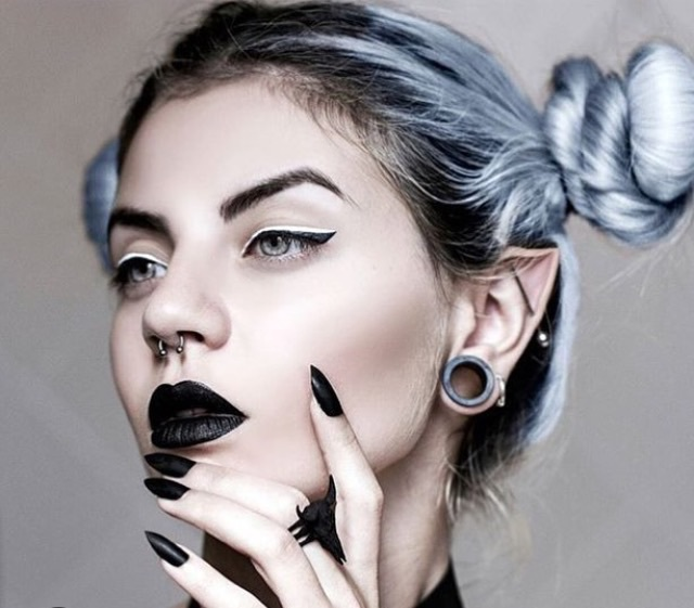 emo girl, black lipstick, nails and gothic