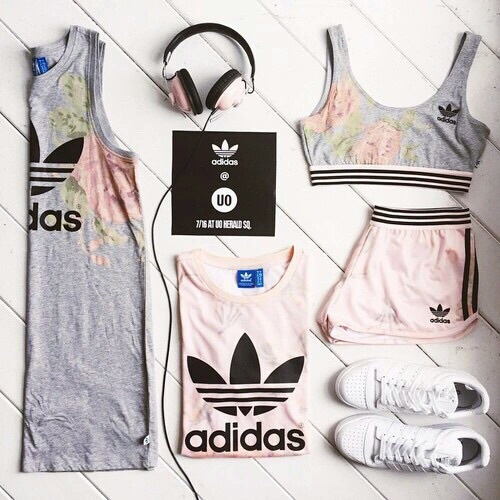 adidas, cool, cute, fashion, fit, girls, headphones, outfit, pink, shoes, sporty, vintage