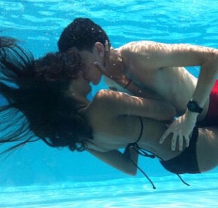 bikini, boy, couple, couples, girl, kiss, love, pool, under water, First Set on Favim.com