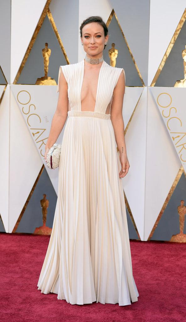 actress, beautiful, cleavage, dress, fashion, girl, haute couture, look, olivia wilde, pretty, red carpet, style, valentino, white, oscars 2016