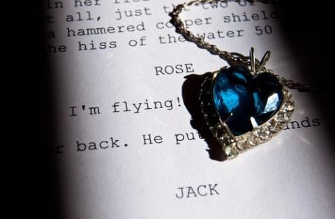 accessory, beautiful, black&white, blue, book, books, dark, deep, diamond, flying, gold, heart, jack, kate winslet, leonardo dicaprio, life, love, movie, necklace, ocean, rose, sad, sea, silver, story, the heart of the ocean, titanic