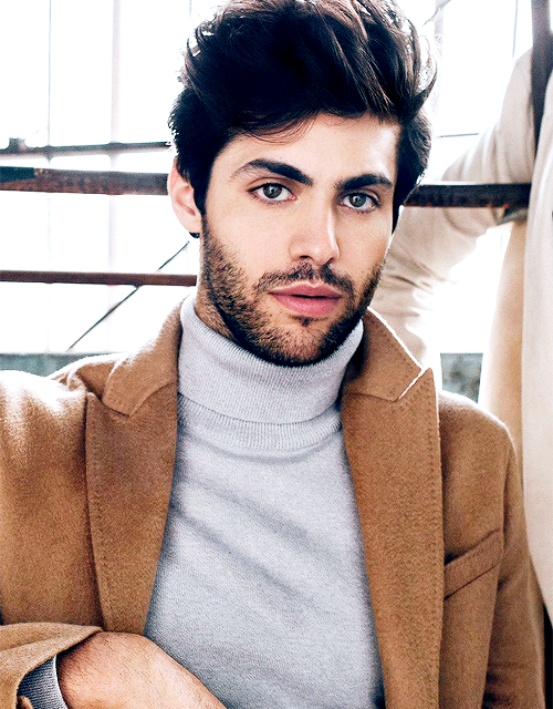 actor-handsome-photoshoot-matthew-daddario-Favim.com-4103635.png