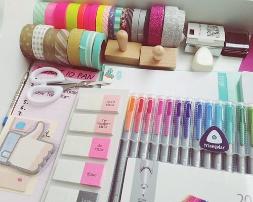 Tumblr chambre pastel couleurs crayons image for Chambre we heart it
