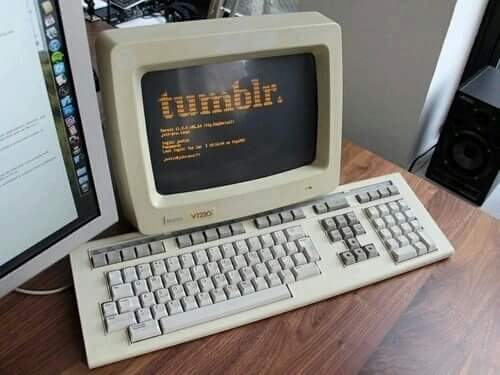 aesthetic, computer, old, pale, tumblr