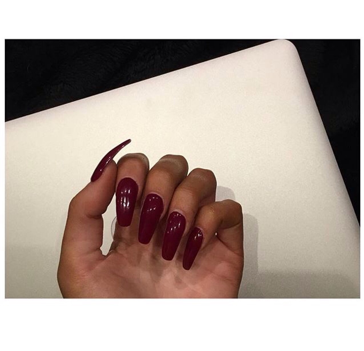 dark, long, nails, on, red
