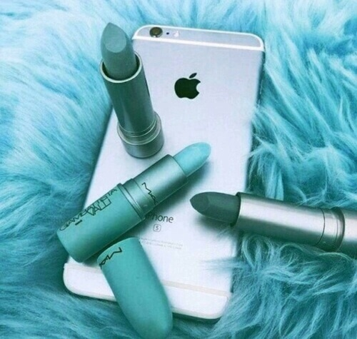 iphone, make-up, maquillage, turquoise, rouge à levres