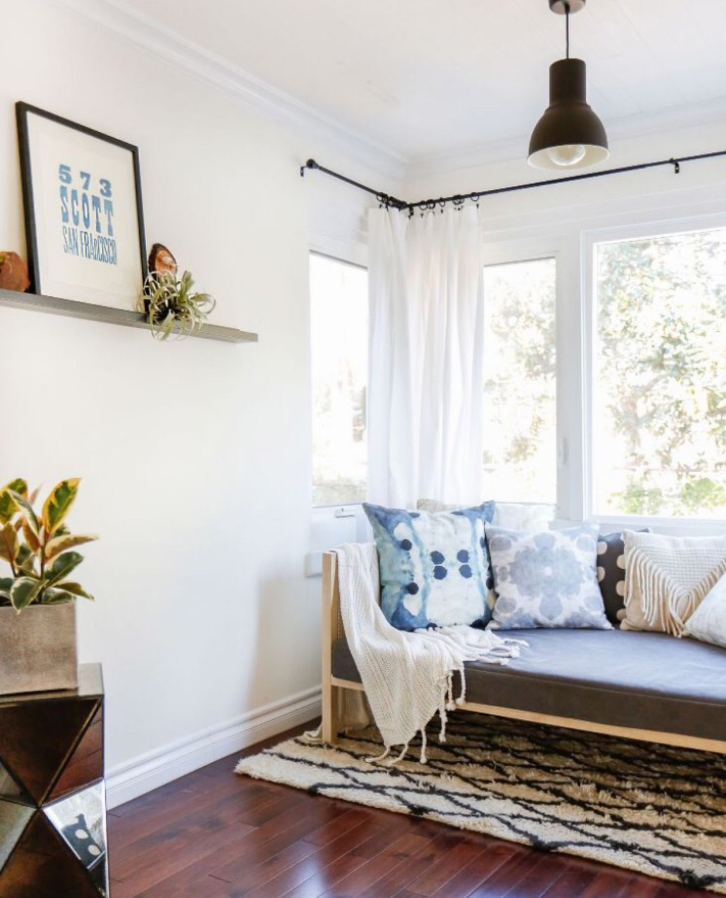 couch, cozy, free people, home, inspiration