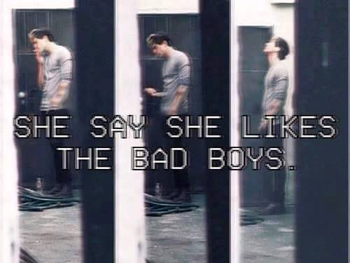 bad, bad boys, calum hood, grunge, sad
