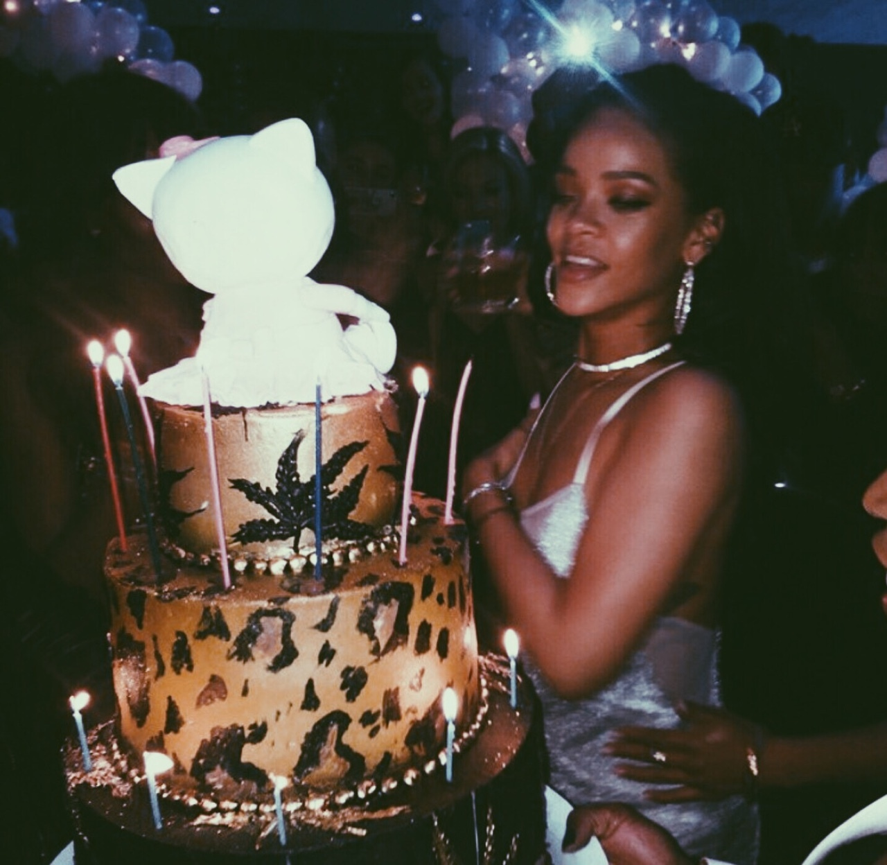 beauty, birthday, cake, celebrities, chic
