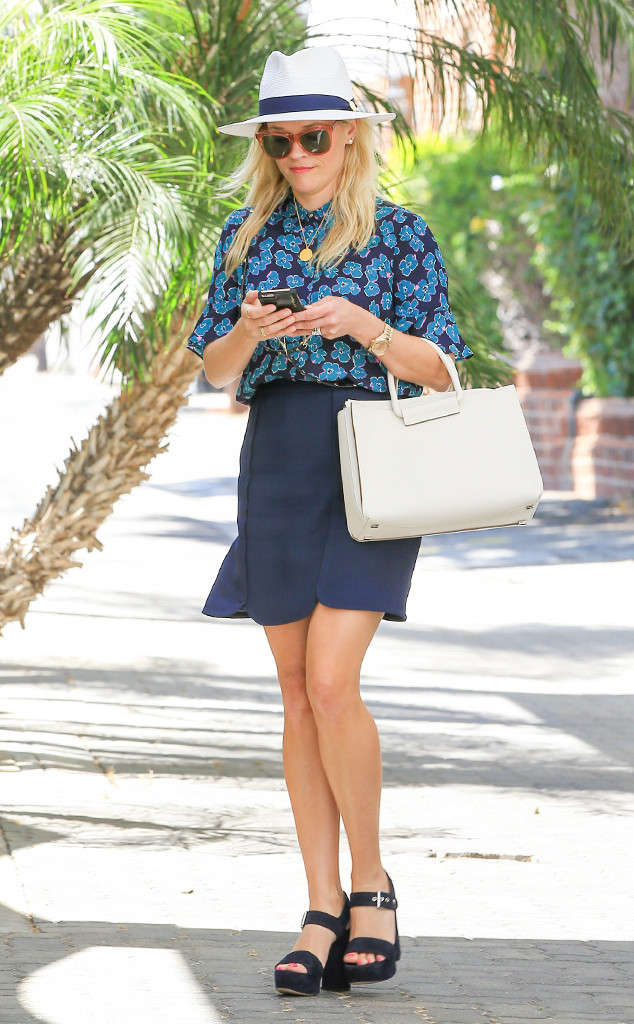 Reese-Witherspoon-Blue-Print.j