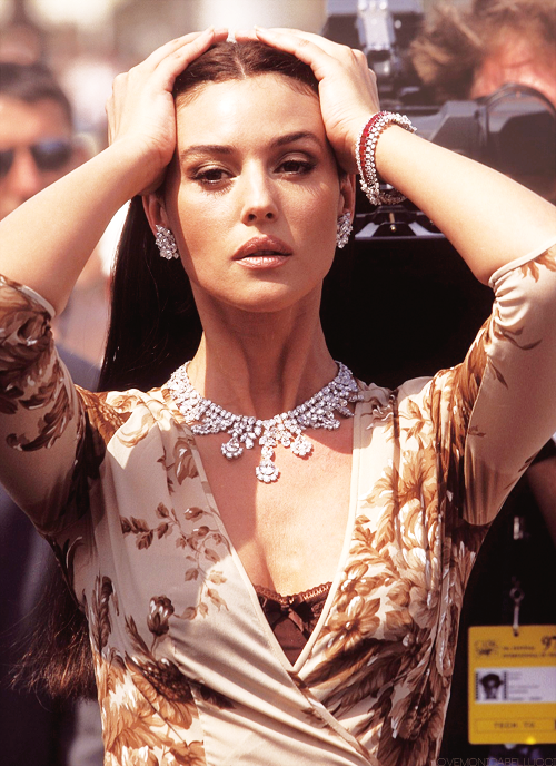 actress, jewellery, model, monica bellucci, cannes 1997