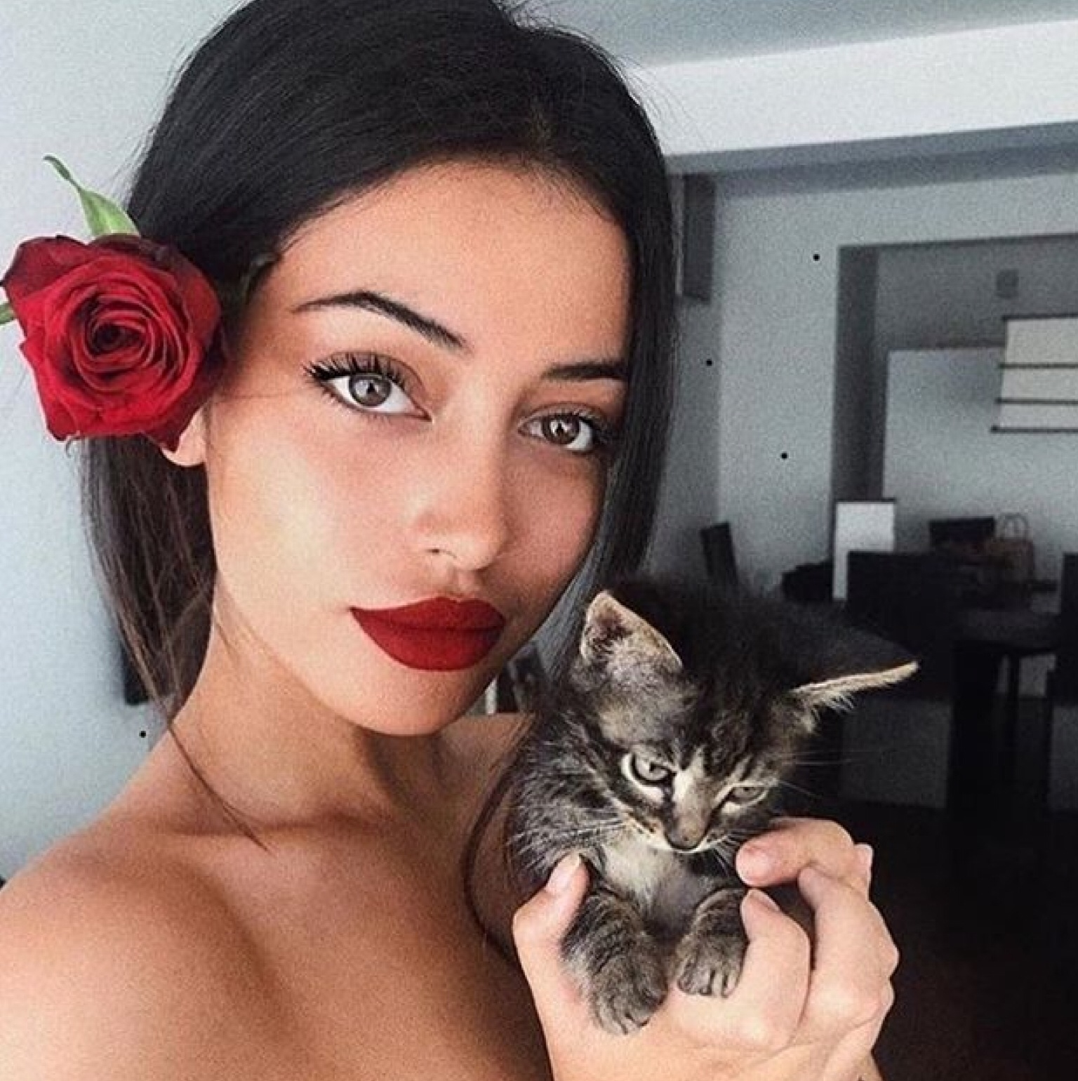 cindy kimberly, lady woman women, girly girls girl, glam glamorous glamour, chic classy trend