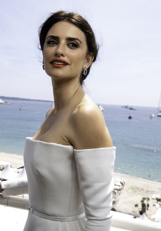 actress, cannes, cute, dress, fashion